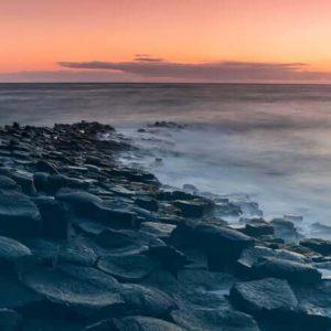 Фотообои Каменный пляж